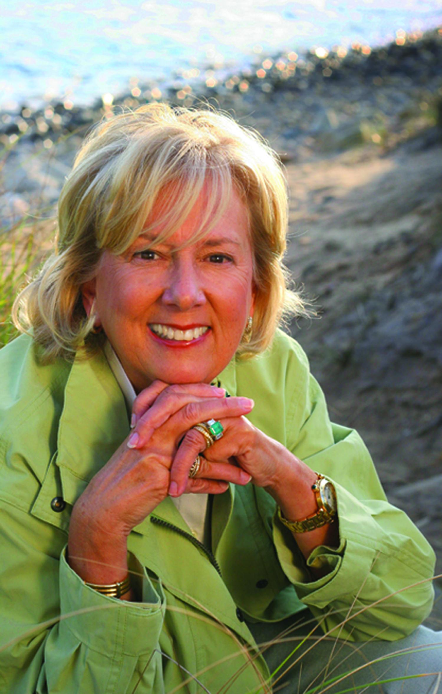 Between The Lines With Linda Fairstein By Julie Kramer
