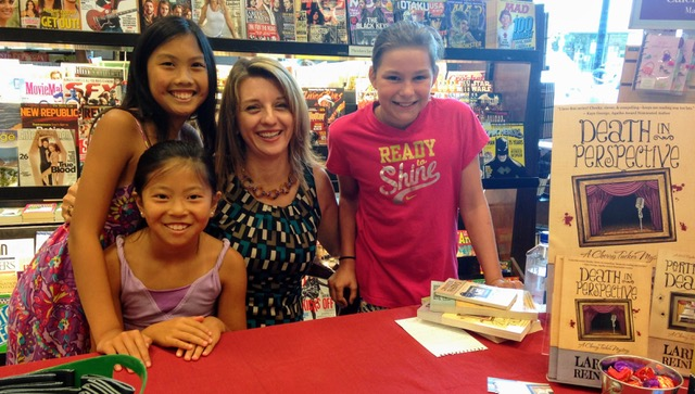 Barnes & Noble booksigning.